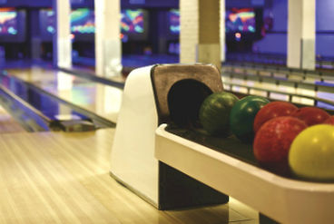 Bowling und Lasertag